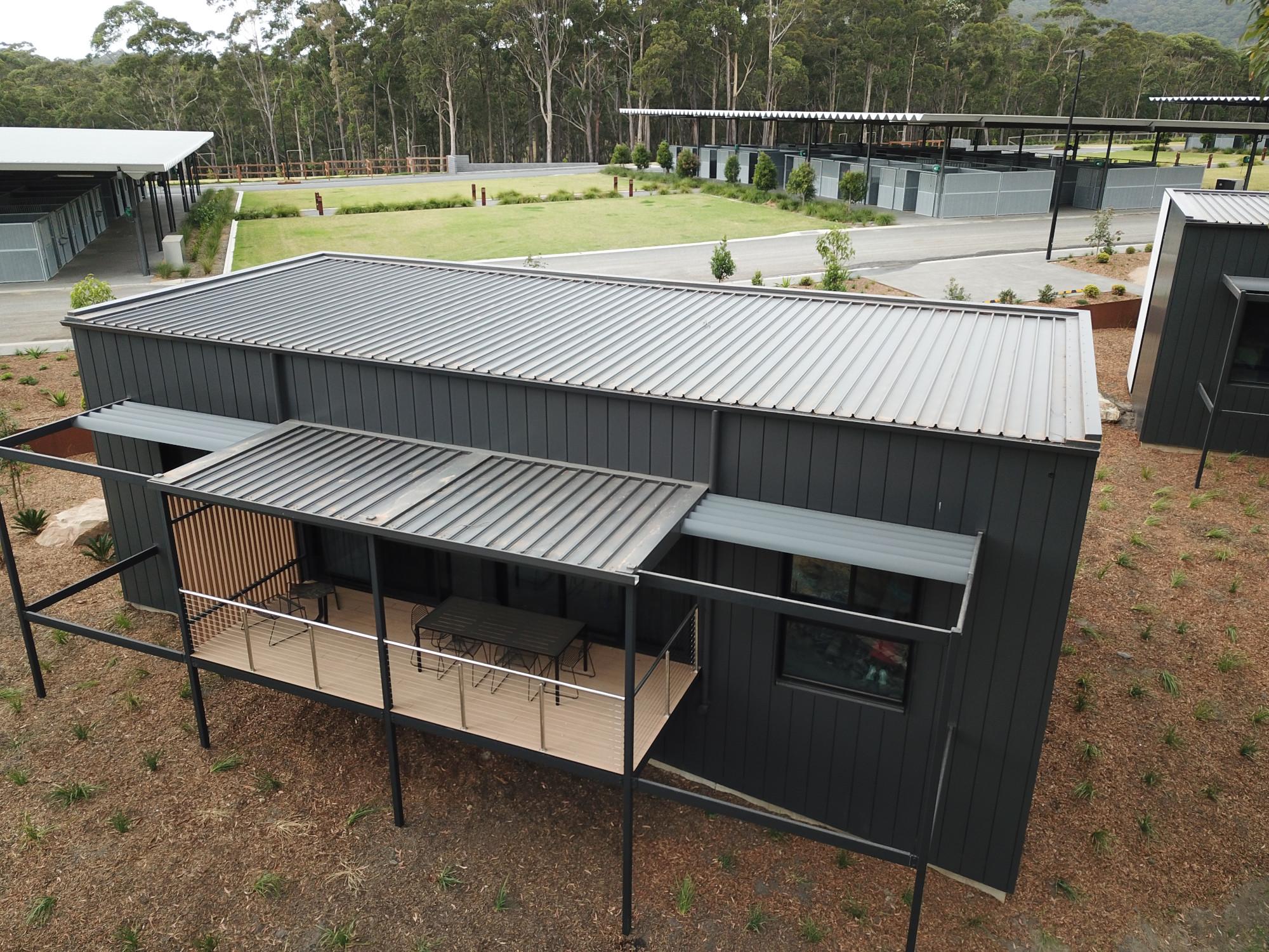 5-Roof-Walls