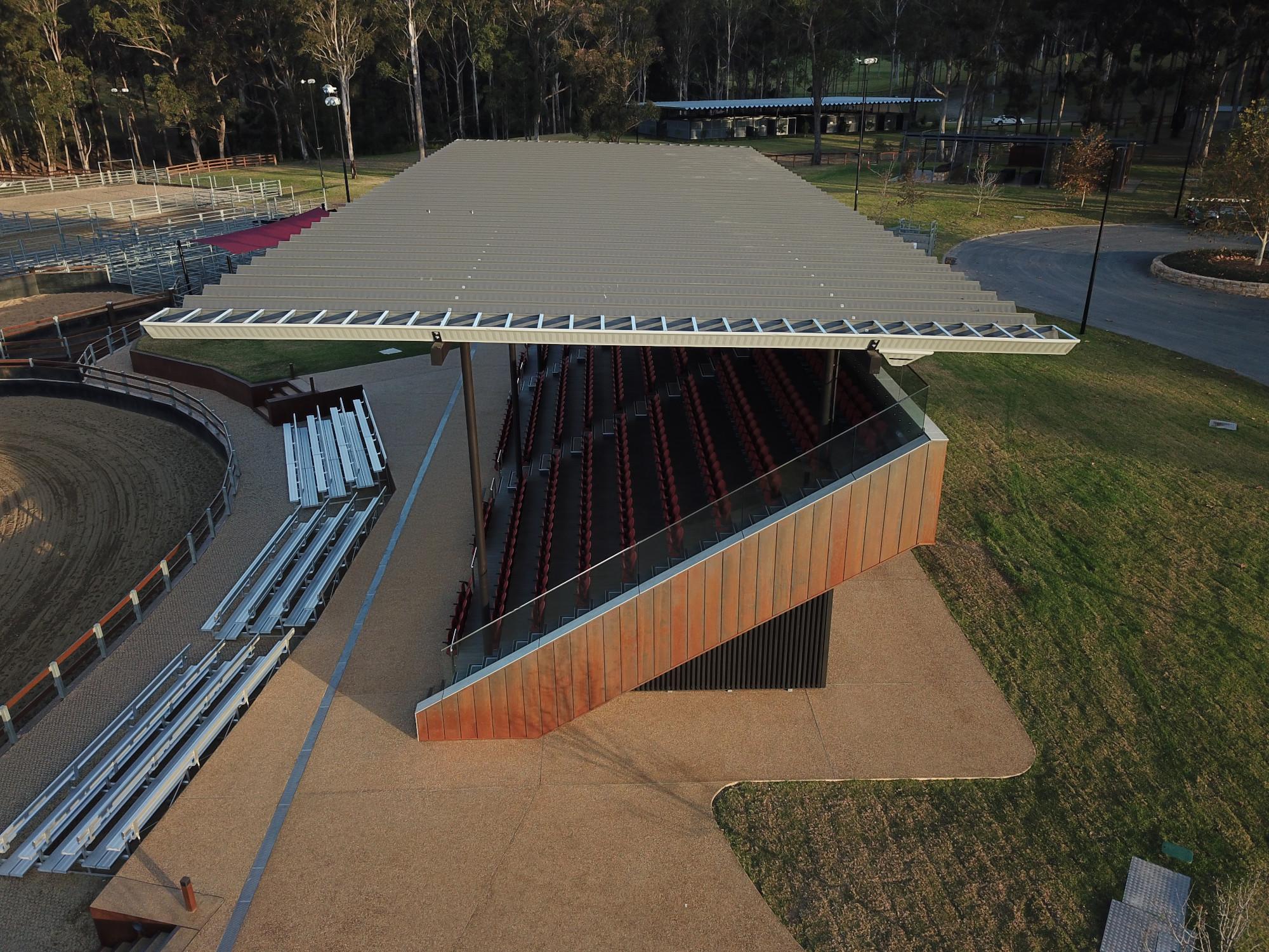 3-Campdraft-Grandstand-end-elevation
