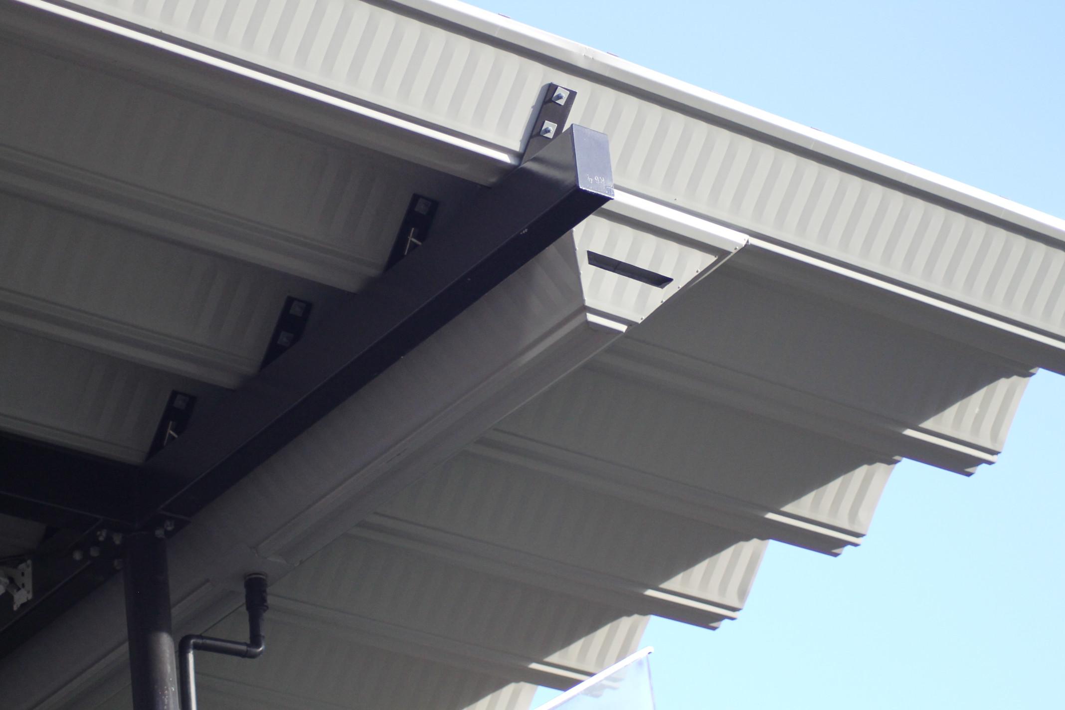 6-Campdraft-Grandstand-Gutter