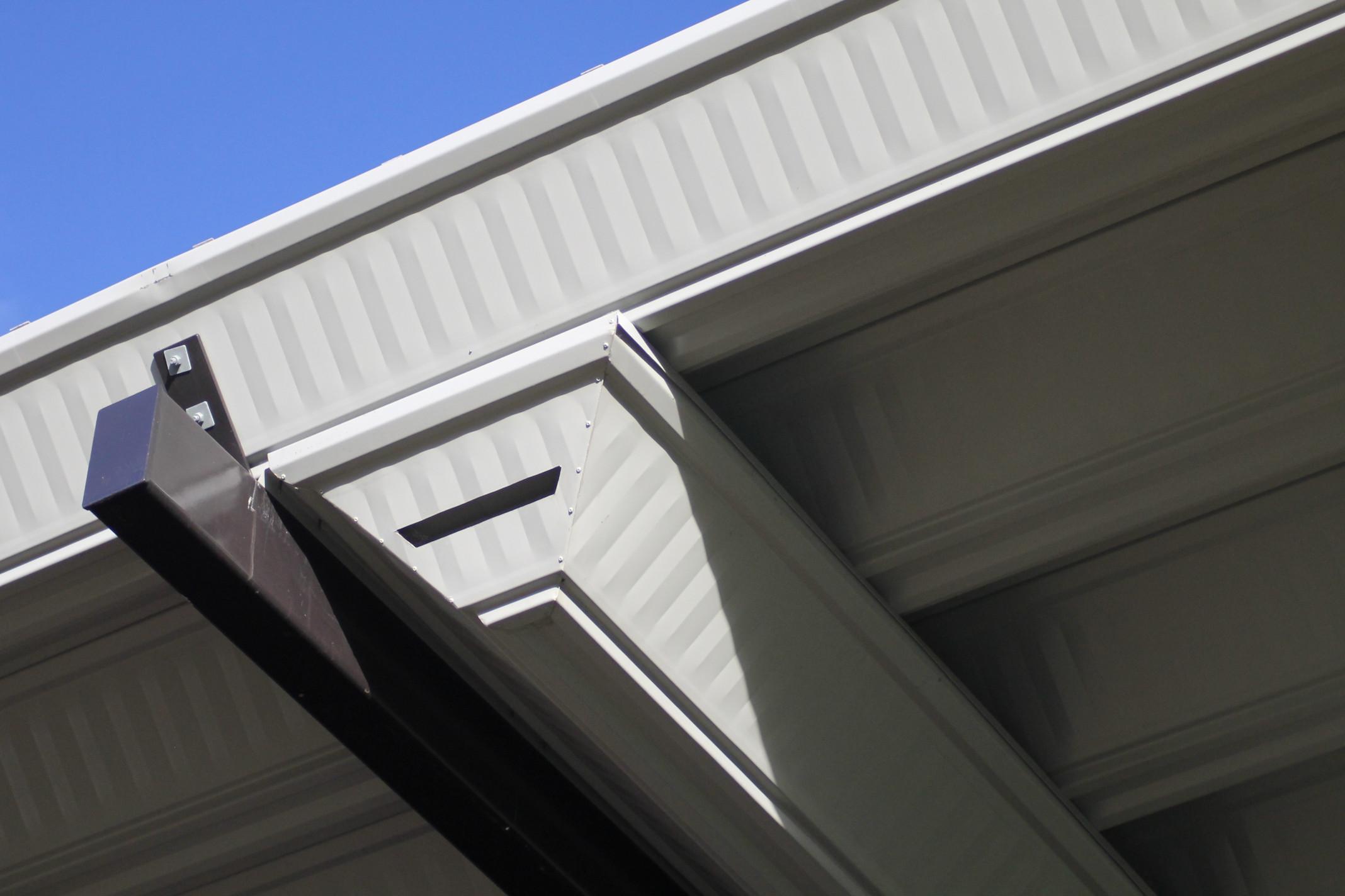 7-Campdraft-Grandstand-gutter-detail