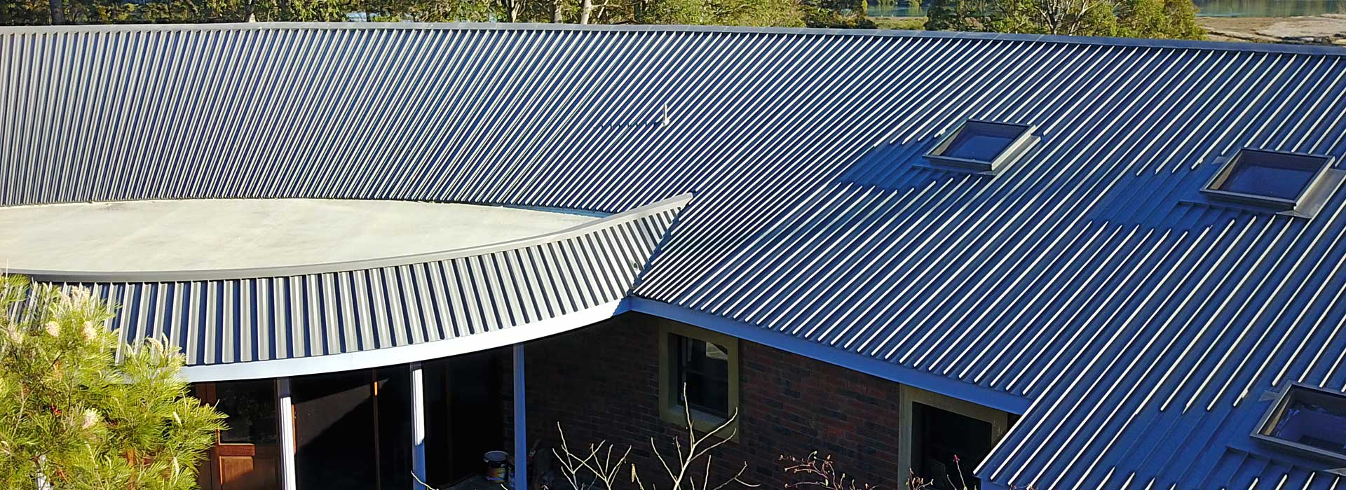 Bermagui-home-front-roof